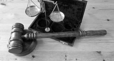 prawo świadka do odmowy odpowiedzi na pytanie, zeznania, odpowiedzialność za przestępstwo