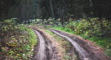 Droga konieczna – definicja i zasady wytyczania